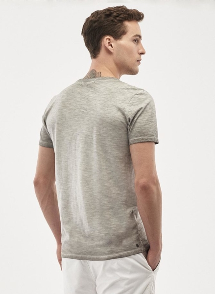 T-shirt, grå